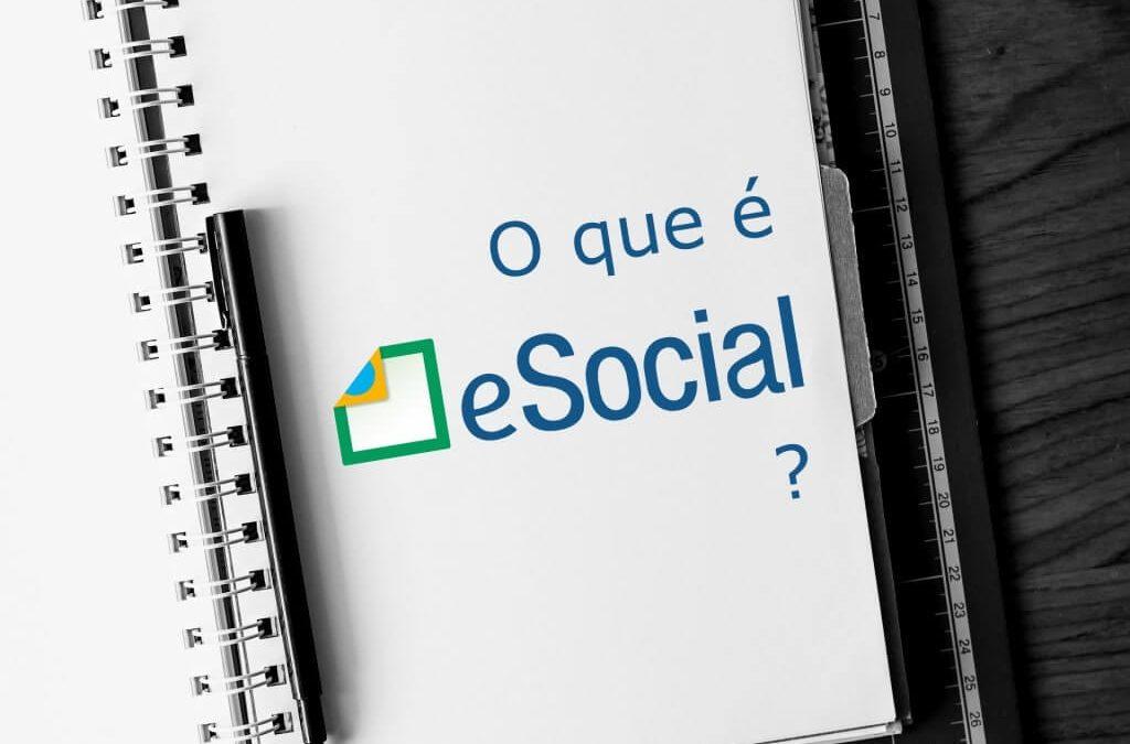 Caderno escrito O que é eSocial?