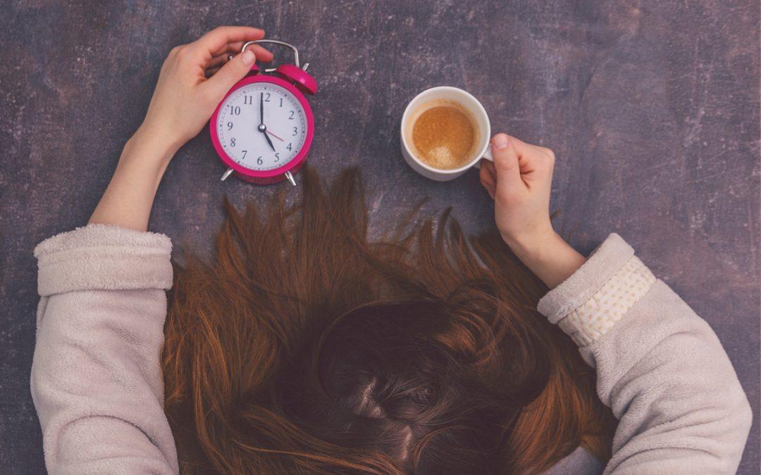 Cálculo do 13º salário da empregada doméstica: preciso incluir horas extras?