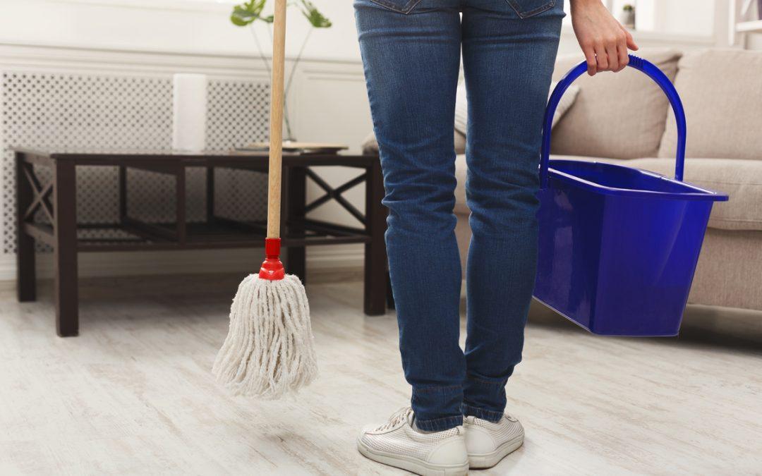 3 riscos da antecipação de férias do empregado doméstico que você precisa ficar atento