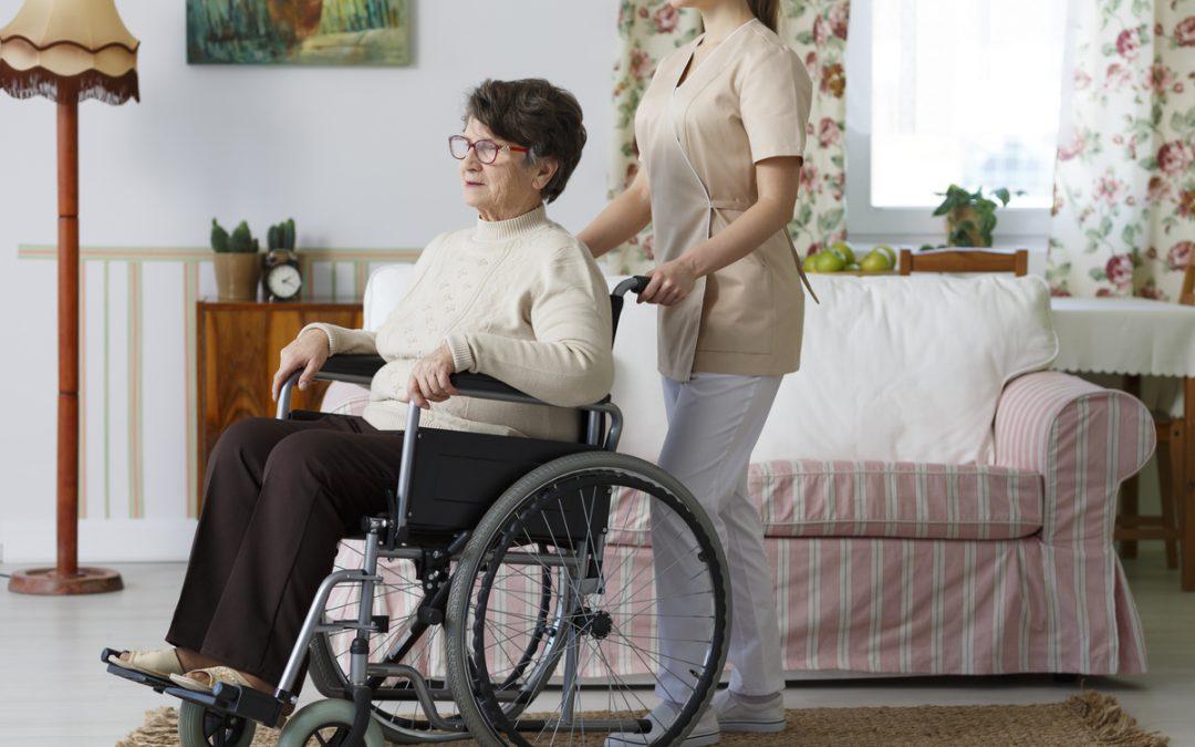 Direitos do cuidador de pessoas com deficiência: fique atento ao que diz a lei