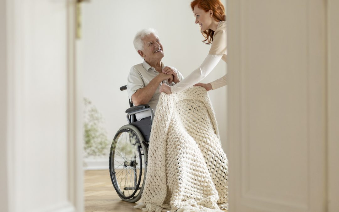 Direitos do cuidador de idosos: você sabe quais são eles?