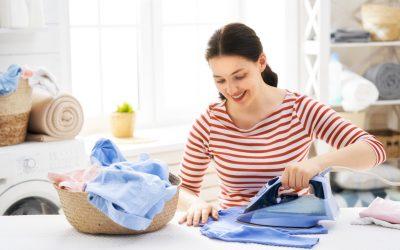Aviso prévio empregada doméstica: como funciona quando ela pede demissão?